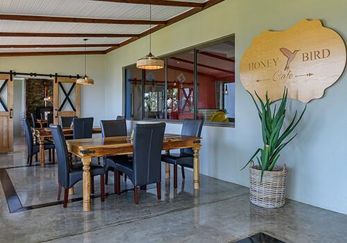 11_QunuFalls_Restaurant