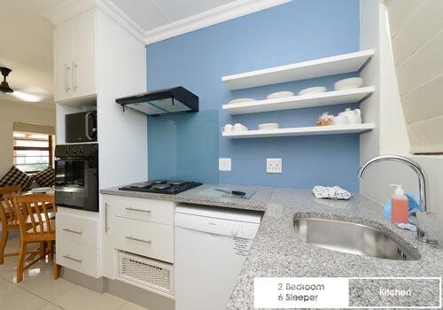 13_sunshine_bay_2_bedroom_6_sleeper_unit_7_kitchen