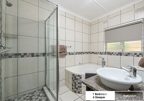 18_IllovoBC_props_1bed44_bathroom