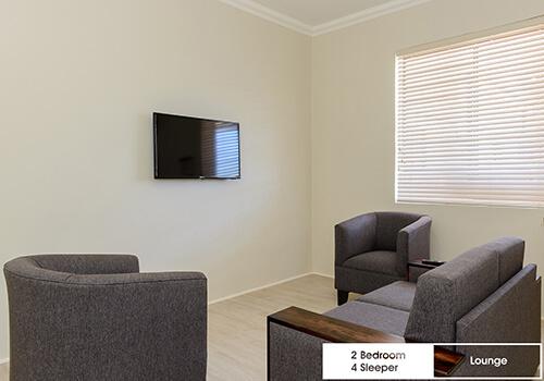 21_Margate_Beach_Club_2_bedroom_4_sleeper_unit_u25_lounge