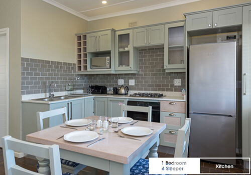 22_Qunu_1_bedroom_4_sleeper_-UnitJ_14_kitchen