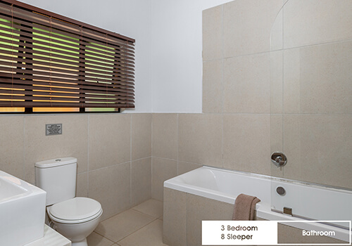 27_FalconGlen---3-Bedroom---8-Sleeper---Bathroom-(2)
