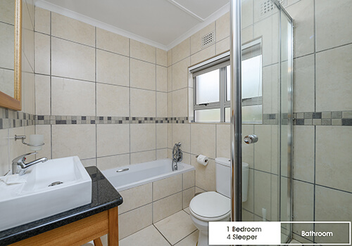 27_IllovoBC_sands_1bed32_bathroom