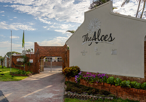 3_TheAloes_Entrance