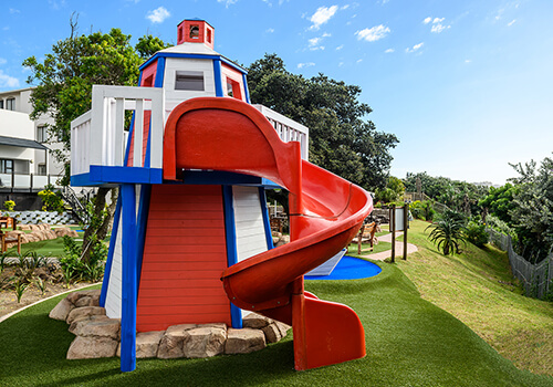 5_Margate_Beach_Club_play_area