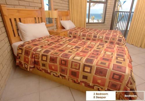 boulderbay_3_bedroom_8_sleeper_bedroom1