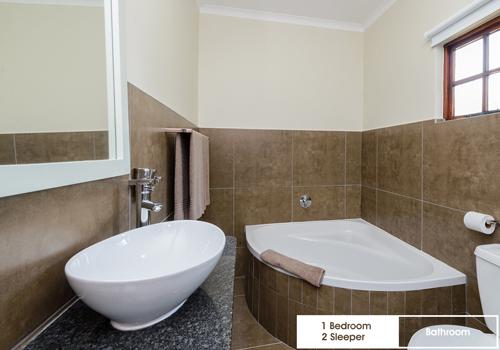 qunu_falls_1_bedroom_2_sleeper_unit_i4_bathroom