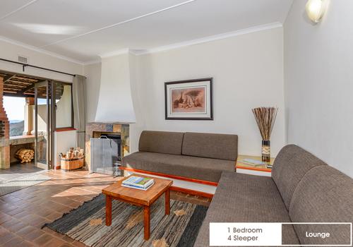 qunu_falls_1_bedroom_4_sleeper_unit_j18_lounge