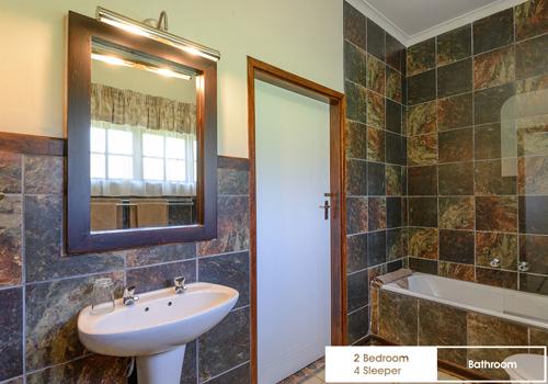 qunu_falls_2_bedroom_4_sleeper_unit_j22_bathroom
