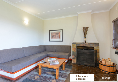 qunu_falls_2_bedroom_6_sleeper_unit_h4_lounge