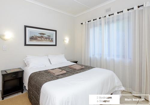 qunu_falls_2_bedroom_6_sleeper_unit_h4_main_bedroom