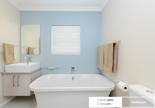 royal_wharf_3_bedroom_6_sleeper_unit_17_bathroom_1