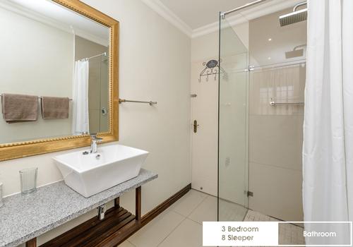 sunshine_bay_3_bedroom_8_sleeper_unit_8_bathroom