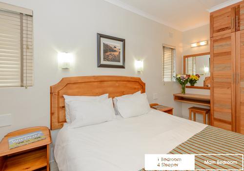 suntide_illovo_1_bedroom_4_sleeper_unit_32_main_bedroom