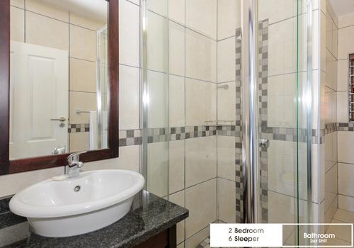 suntide_illovo_2_bedroom_6_sleeper_unit_38_lux_bathroom