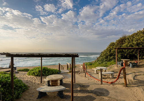 the_aloes_exterior_beach_1