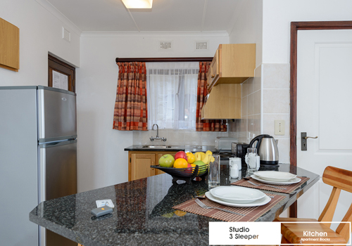 suntide_beach_club_studio_3_sleeper_unit_f2_kitchen